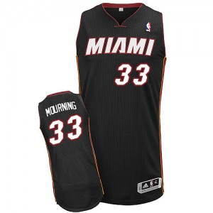 Camiseta NBA Miami Heat Alonzo Mourning #33 Road Adidas Negro Authentic - Hombre
