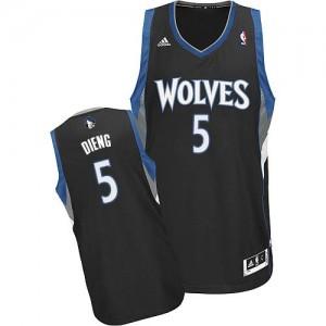 Minnesota Timberwolves Adidas Alternate Negro Swingman Camiseta de la NBA - Gorgui Dieng #5 - Hombre