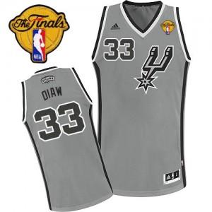 San Antonio Spurs Adidas Alternate Finals Patch Gris plateado Swingman Camiseta de la NBA - Boris Diaw #33 - Hombre