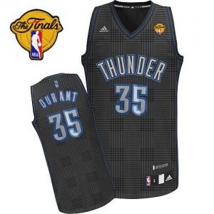 Camiseta NBA Oklahoma City Thunder Kevin Durant #35 Rhythm Fashion Finals Patch Adidas Negro Swingman - Hombre