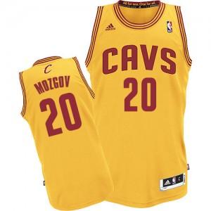 Hombre Camiseta Timofey Mozgov #20 Cleveland Cavaliers Adidas Alternate Oro Authentic
