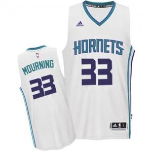 Camiseta Swingman Alonzo Mourning #33 Charlotte Hornets Home Blanco - Hombre
