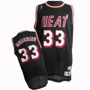 Hombre Camiseta Alonzo Mourning #33 Miami Heat Adidas Throwback Finals Patch Negro Swingman