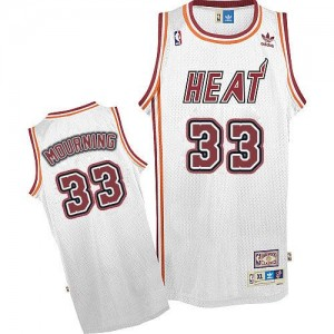 Hombre Camiseta Alonzo Mourning #33 Miami Heat Adidas Throwback Blanco Swingman
